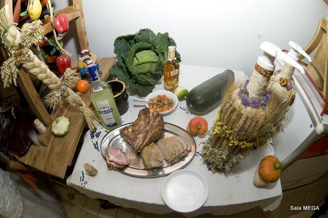 Stół wiejski  - Sala Mega Tomaszów Mazowiecki
