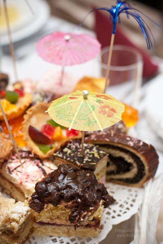 Ciasta, słodycze - Sala Mega Tomaszów Mazowiecki