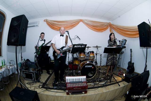 Sala Mega - Zespół Muzyczny